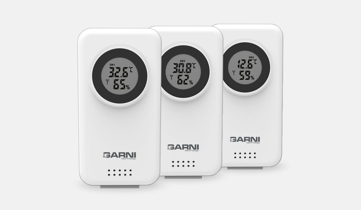 Temperature and relative humidity data from up to 3 locations GARNI 560 EASY II